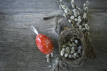 Hand-painted Easter egg, Pussy Willow twigs and Easter nest on wood - ASF06200