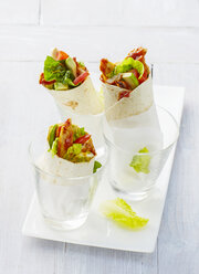 Chicken wraps in glasses - KSWF01919