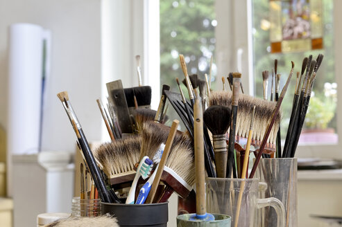 Assortment of brushes in a workshop - BFRF01864