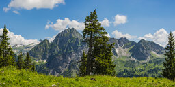 Germany, Bavaria, Allgaeu Alps, Panoramic view from Seealpsee to Hoefats - WGF01204