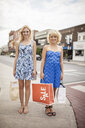 Sisters on shopping spree - ISF15978