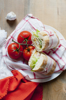 Ciabatta and tomatoes - CUF39501