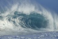 USA, Hawaii, Oahu, big wave - RUEF01904