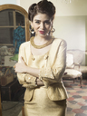 Portrait of woman in vintage clothes - CUF41347