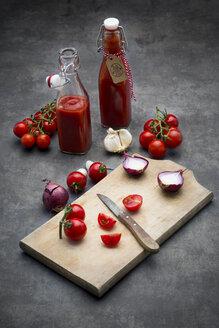 Homemade tomato ketchup - LVF07291