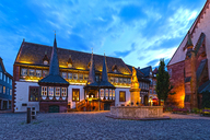 Germany, Lower Saxony, Einbeck, Old town, Old town hall at blue hour - KLRF00631