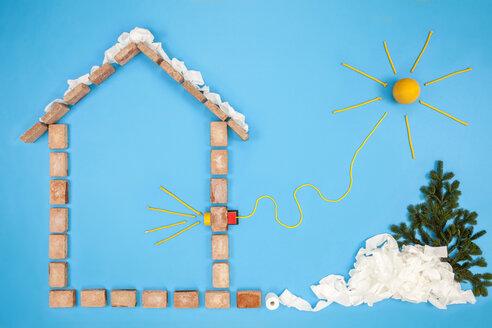 House with solar energy - BAEF01641