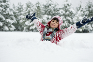 Boy playing in snow - ISF17292