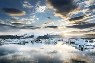 Iceland, South of Iceland, Joekulsarlon glacier lake, icebergs - DMOF00076