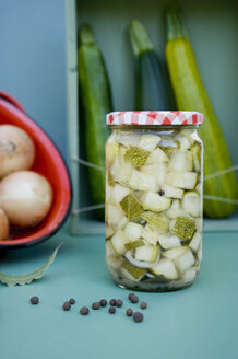 Glass of preserved courgettes - GISF00363