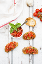 Bruschetta with tomato, basil, garlic and white breah - LVF07380