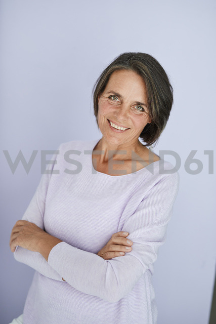Portrait of smiling mature woman - PNEF00839