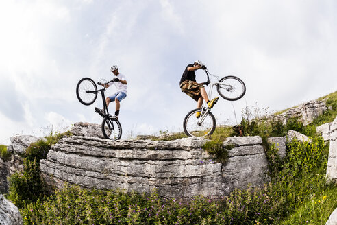 Acrobatic bikers on trial bikes - GIOF04103