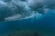 Maledives, Ocean, underwater shot, wave - KNTF01200