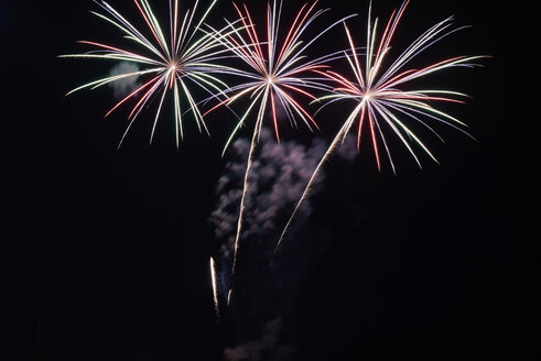 Fireworks at night - IGGF00498