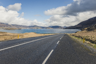 Iceland, empty road at Hvalfjoerdur - KEBF00850