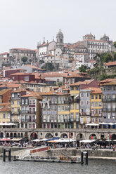 Portugal, Porto, view to the old town with Douro River in the foreground - CHPF00513