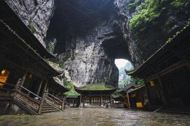China, Sichuan Province, Wulong Karst, traditional houses, entrance - KKAF01471