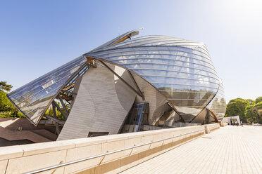 France, Paris, Bois de Boulogne, Fondation Louis Vuitton, Art Museum, Architect Frank Gehry - WD04820