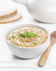 Barley soup with olive oil and basil - RAMAF00110