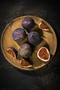 Figs on wooden plate, dark wood - MAEF12729