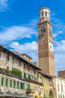 Italy, Verona, Piazza delle Erbe, view to historical facades and Torre dei Lamberti - MHF00470