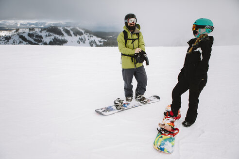 A couple snowboarding in Lake Tahoe - AURF03634