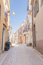 Italy, Molise, Termoli, Old town, empty alley - FLMF00026