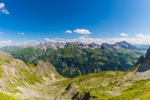 Germany, Bavaria, Allgaeu, Allgaeu Alps, panoramic view of Allgaeu main ridge from Krumbacher Hoehenweg - WGF01237