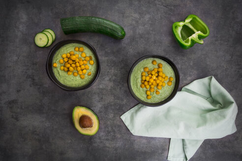 Bowl of green gazpacho with avocado and curcuma roasted chick peas - LVF07430
