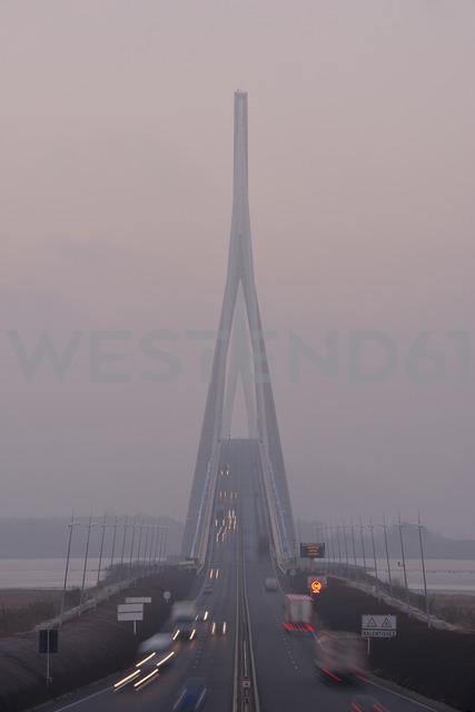 France, Le Havre, Pont de Normandie in morning mist - RUEF01928
