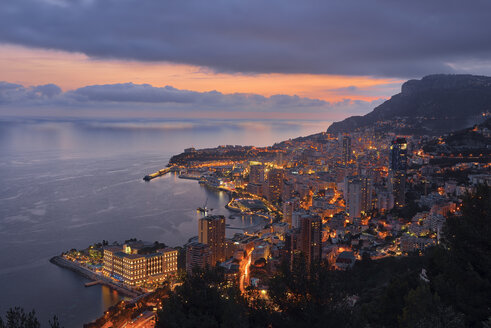 Monaco, Monte Carlo, view to lightes city at dusk - RUEF01952