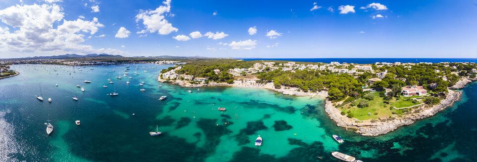 Spain, Mallorca, Portocolom, Punta de ses Crestes, Bay of Portocolom and Cala Parbacana - AMF05908