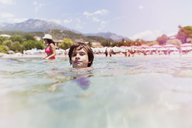 Portrait of a boy swimming in the sea - AZOF00051