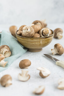 Bowl of Crimini Mushrooms - JUNF01269