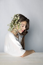 Portrait of girl wearing flowers - PSTF00231