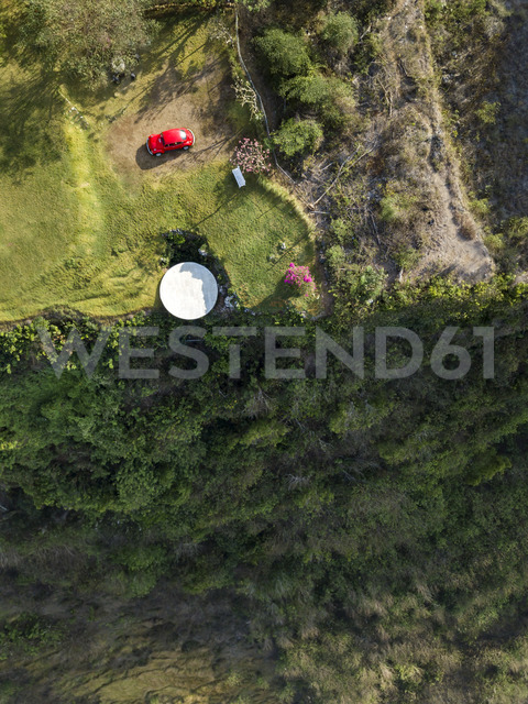 Indonesia, Bali, Aerial view of Nyang Nyang beach, VW beetle and observation point - KNTF01799 - Konstantin Trubavin/Westend61