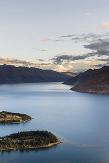 New Zealand, South Island, Crown Range, Lake Wakatipu - MKFF00405