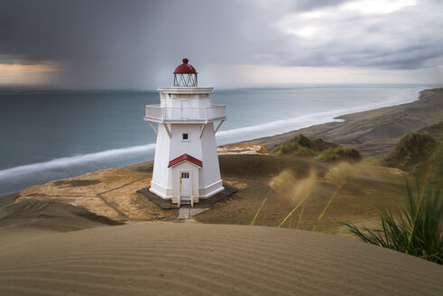 New Zealand, North Island, Kaipara Head North, Pouto Point, Lighthouse - MKFF00426
