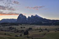 Italy, South Tyrol, Seiser Alm, Langkofel and Plattkofel at sunrise - RUEF02007
