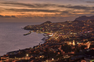 Portugal, Sao Goncalo, Madeita, Funchal, Harbour at the Atlantic Ocean - RUEF02016