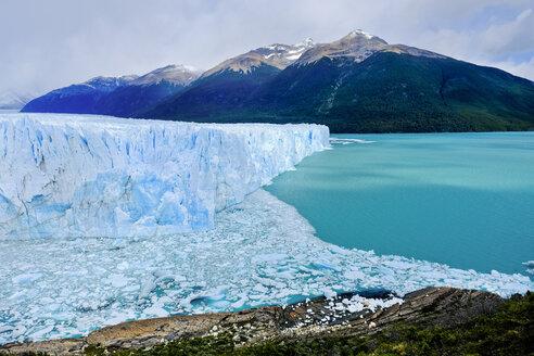 Perito Moreno Glacier, Los Glaciares National Park, El Calafate, Santa Cruz Province, Argentina - AURF07638