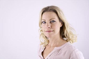 Portrait of confident blond woman - PDF01790