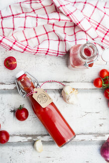 Homemade tomato ketchup and ingredients - LVF07452