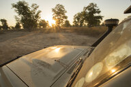 Safari 4x4 at sunset in South Luangwa National Park, Zambia - LUXF00526