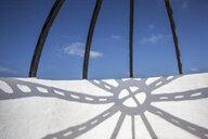 Menorca, shadow on facade, scaffold - JMF00425