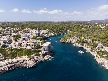 Spain, Balearic Islands, Mallorca, Aerial view of bay Cala Figuera and Calo d'en Busques - AMF06013