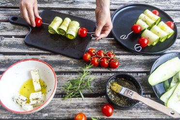 Vegetarian grill skewers, tomato and zucchini slices, sheep cheese - SARF03937