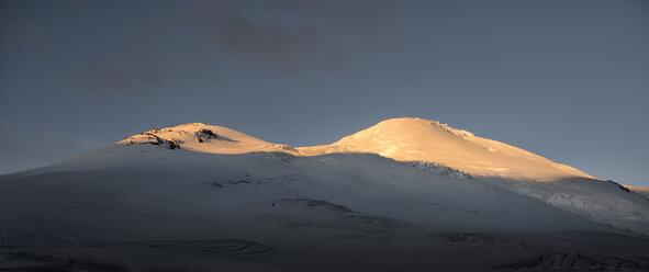 Russia, Upper Baksan Valley, Caucasus, Mount Elbrus - ALRF01338