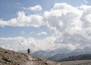 Russia, Caucasus, Mountaineer hiking in Upper Baksan Valley - ALRF01347